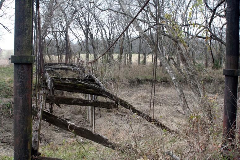 Choctaw creek swinging suspension bridge