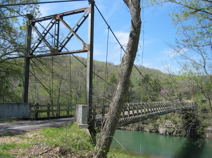 Swinging bridge heber springs